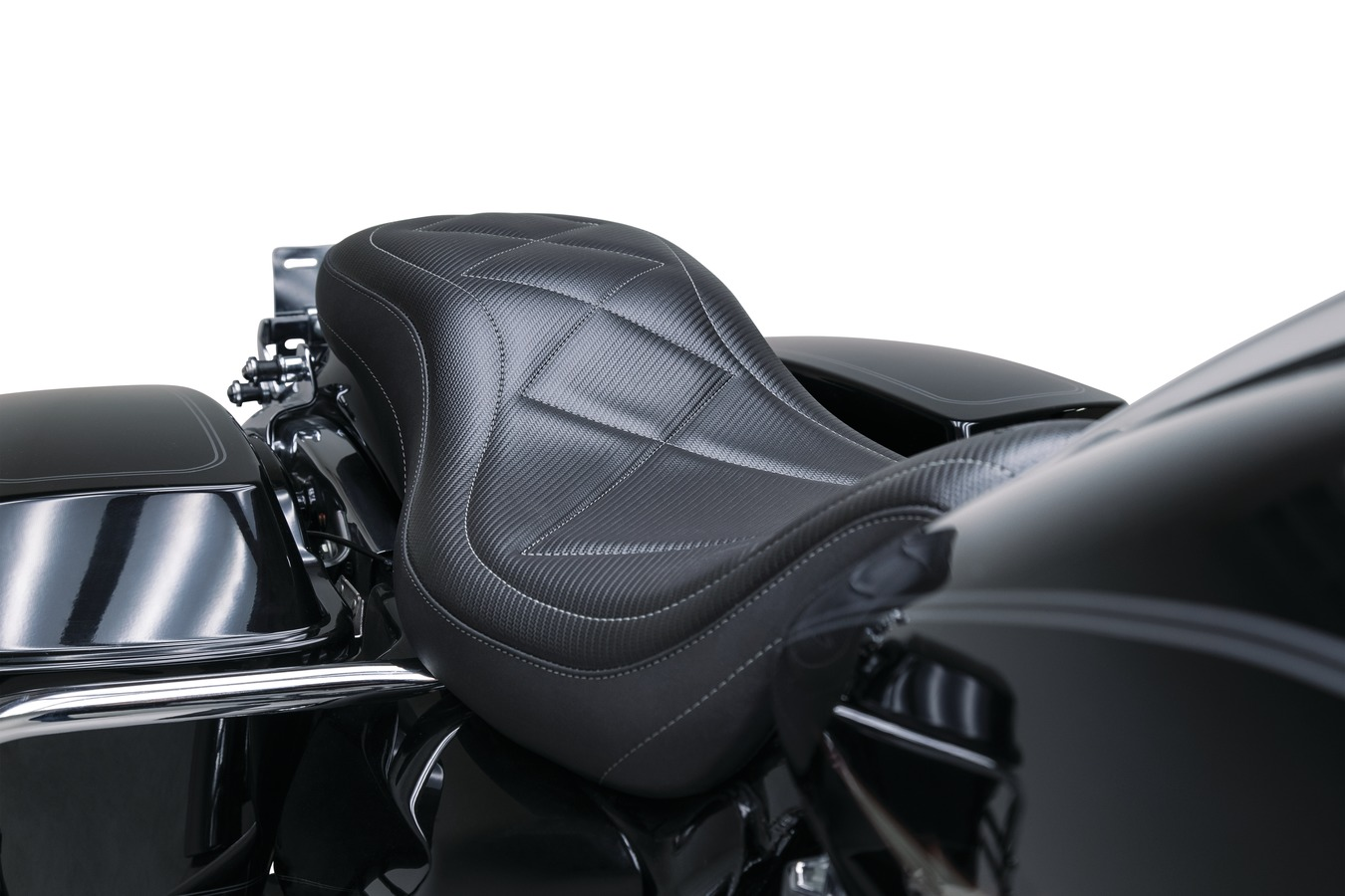 Super Tripper™ One-Piece Seat, Carbon, Black