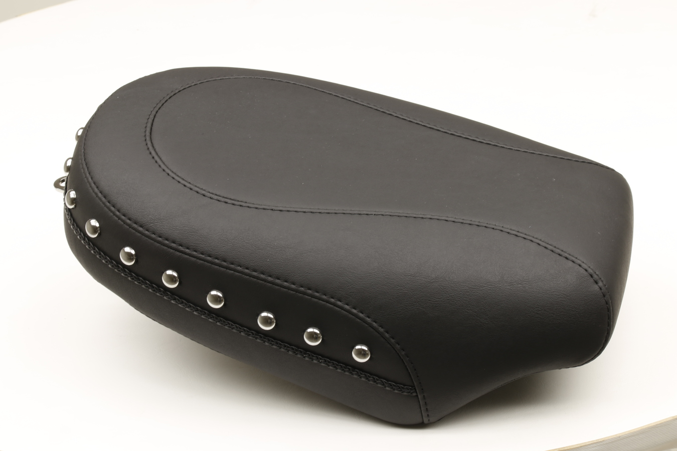 Passenger Seat for H-D Wide Touring, Chrome Studded, Black, Width: 8""